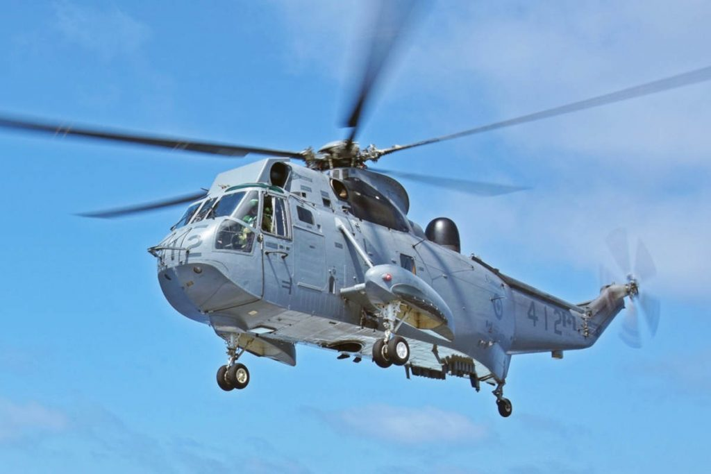 Rotor Maxx acquires CH-124 Sea Kings